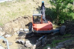 Bagrování potoka u KD